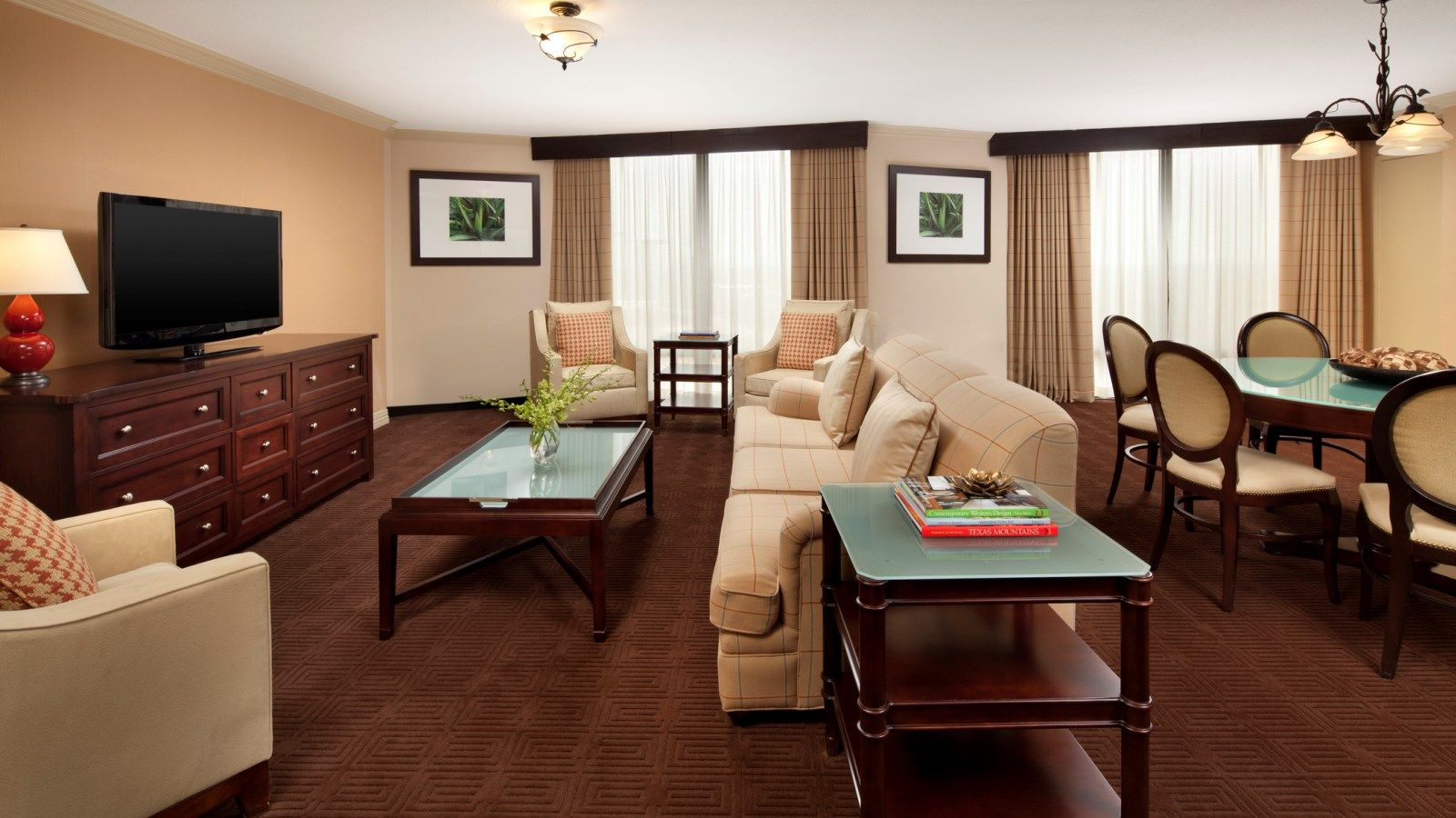 Dallas Accommodations - Presidential Suite