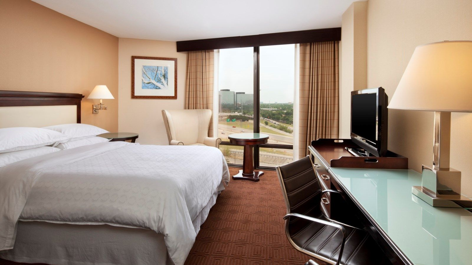 Dallas Accommodations - Club Room
