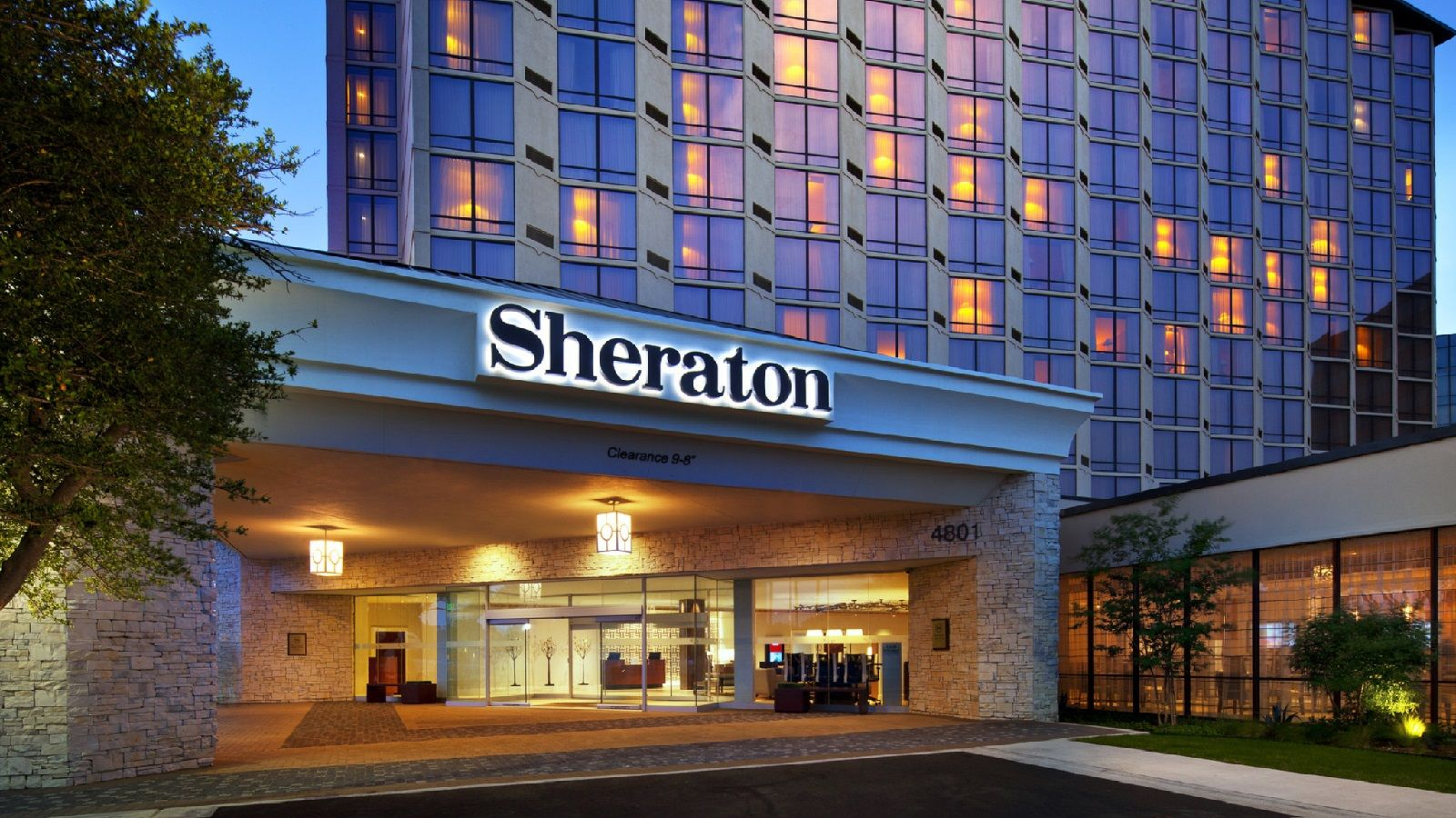 Hotel near the Galleria Dallas - Sheraton Dallas Hotel by the Galleria